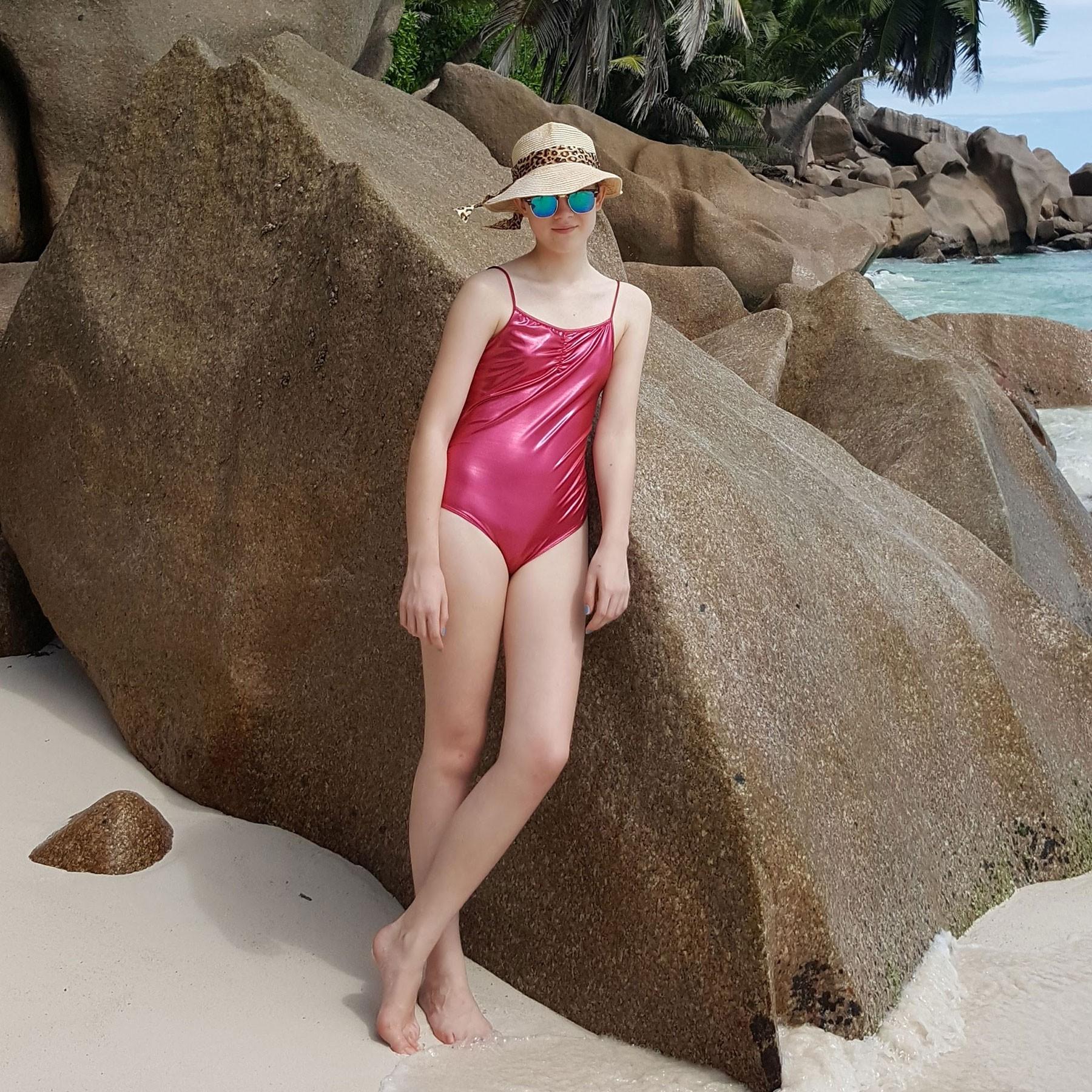 ausgefallner Badeanzug Teenager Rot Seychellen